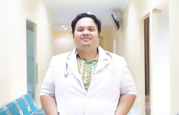 dr. Gusti Benindra Pratomo, Sp.KFR